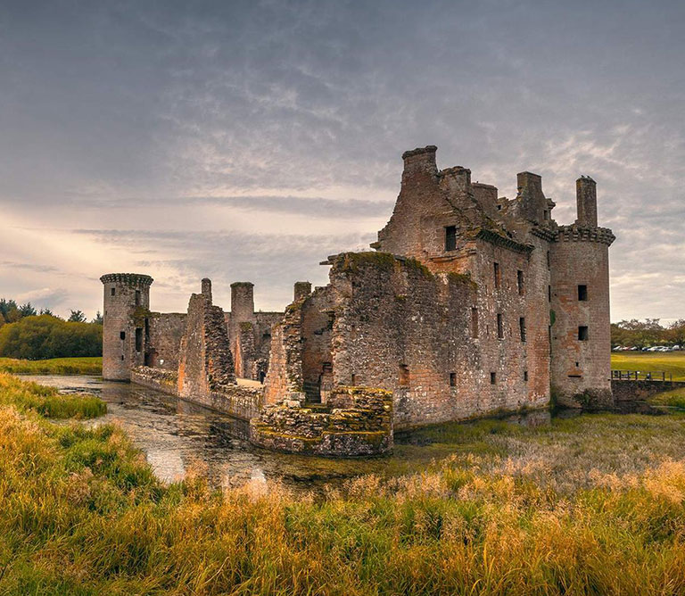 Discover Scottish Castles and Clans Nithbank Country Estate
